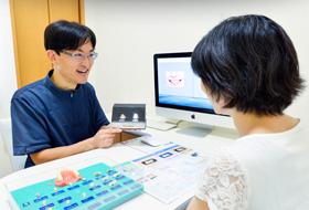 口腔内スキャナーで歯型採取の簡単デジタル<br>印象操得装置(セレック)による治療